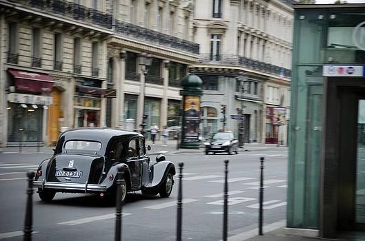 Antique car in Paris by Marcel Krasner