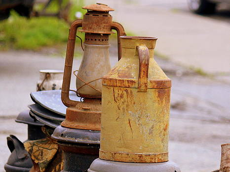 Donna Walsh - Antique Lanterns and Cans