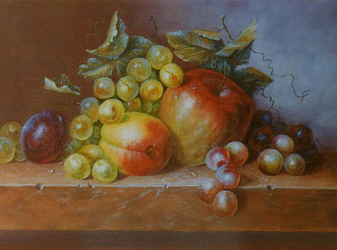 Apple and grape composition by Erika Lukacs