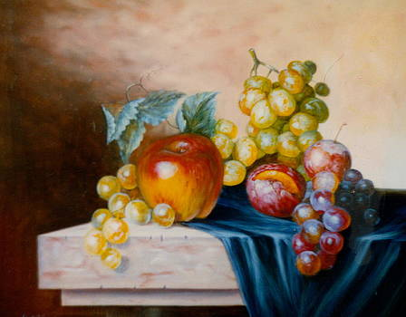 Apple composition 3 by Erika Lukacs