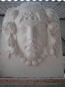 Art-Deco head by Memo Memovic