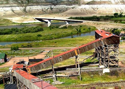 Atlas Coal Mine A by Jonathan Lagace