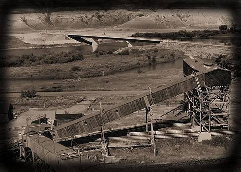 Atlas Coal Mine C by Jonathan Lagace