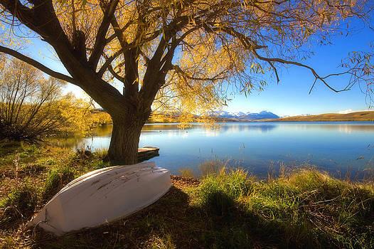 Autumn Lake by Chris Gin
