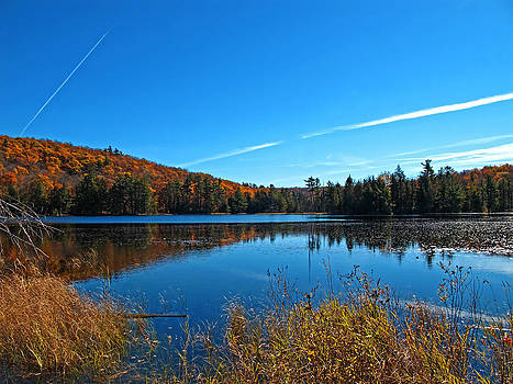 Chantal PhotoPix - Autumn Waterscape in Fall Colours - Lake Mirror Landscape in a Forest w Airplane Exhaust Trails