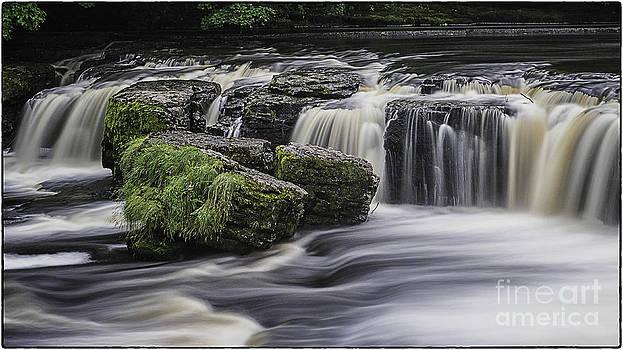 Aysgarth Falls Yorkshire Dales UK by George Hodlin