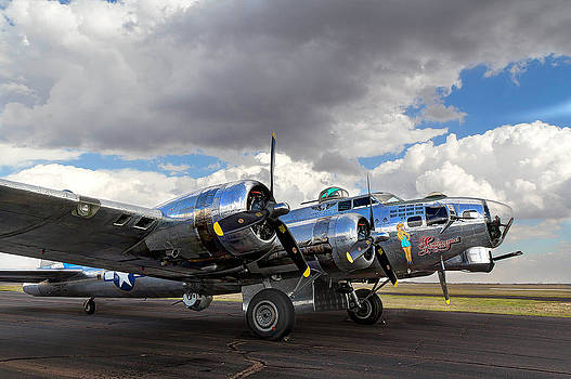 Nathan Mccreery - B-17 Flying Fortress
