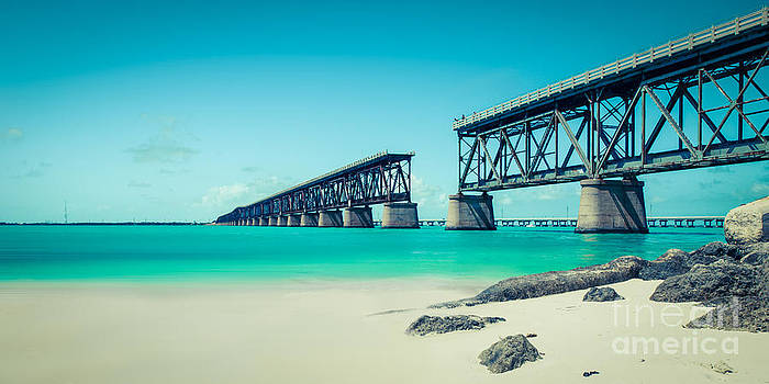 Hannes Cmarits - bahia hondas railroad bridge