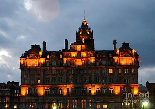 Pravine Chester - Balmoral at Night