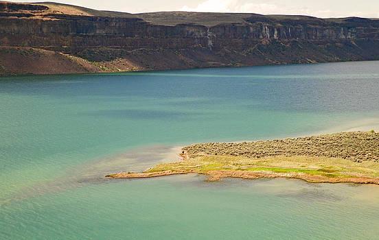 Banks Lake Peninsula by Seth Shotwell