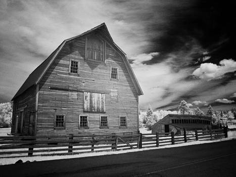 Barn Storming by Geoff Yale