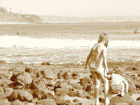 Beach girls in Sepia by Patty Descalzi