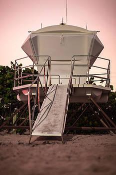 Beach Lander by Dan Vidal