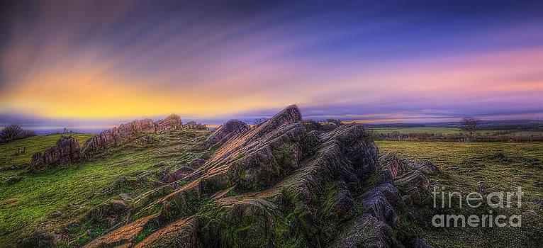 Yhun Suarez - Beacon Hill Sunrise 7.0