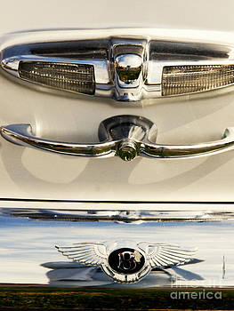 Susanne Van Hulst - Bentley Details