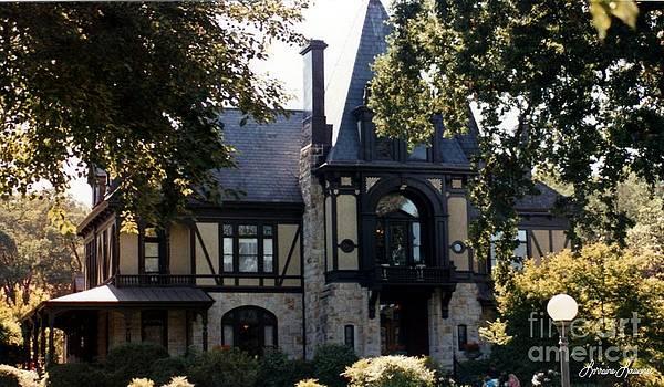Beringer House by Lorraine Louwerse