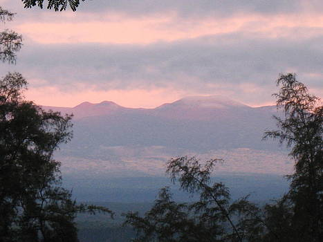 Big Island Sunrise by Ron Holiday Broomell