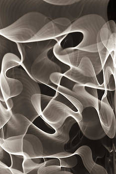 Black and white light abstract by Gabor Pozsgai
