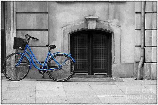 Sophie Vigneault - Blue Bicycle
