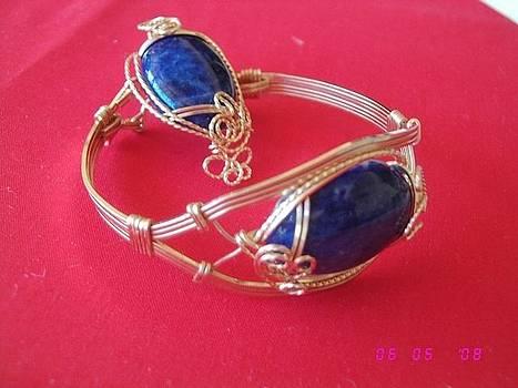 Blue Bracelette and Pendant by Nataliya Collister