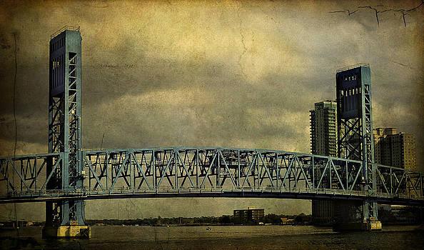 Mario Celzner - Blue Bridge