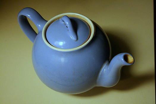 Anne Babineau - blue teapot