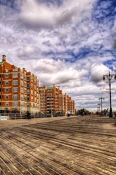 Svetlana Sewell - Boardwalk Brooklyn01