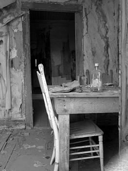 Bodie writing desk by Rick Mutaw