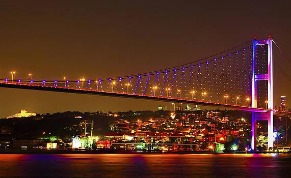 Kantilal Patel - Bogazici Kpr Bridge illuminating Istanbul