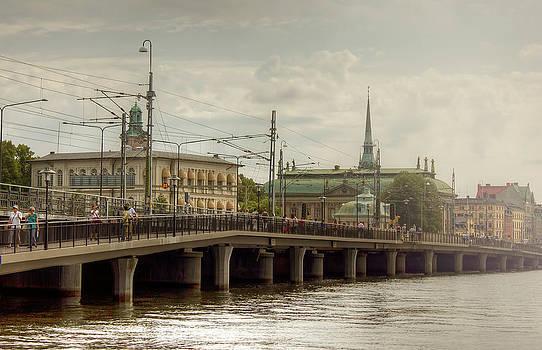 Bridge by Cindy Grundsten