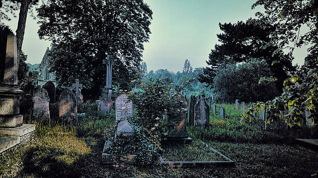 Brockley and Ladywell Cemetery by Rich Beer