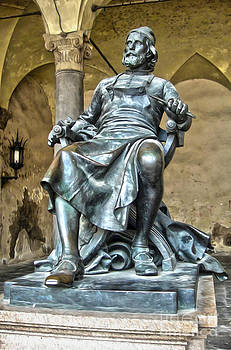 Gregory Dyer - Bronze statue of Puccini in Lucca Italy