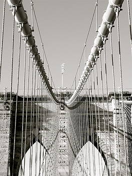 Danielle Groenen - Brooklyn Bridge Black and White