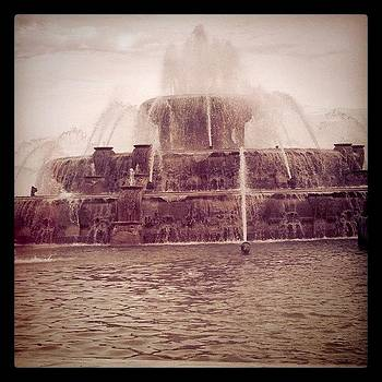 Buckingham Fountain Never Looked So by Jessica Jaco