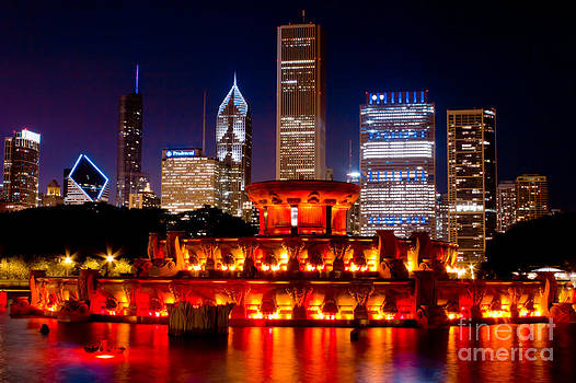 Buckingham Fountain With the Chicago Skyline by Archana Doddi