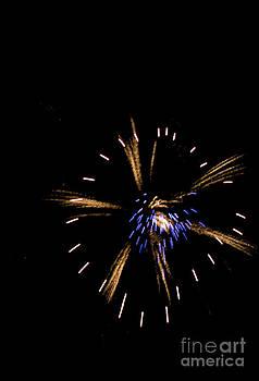 Burst Explosion by Nicole  Cloutier Photographie Evolution Photography