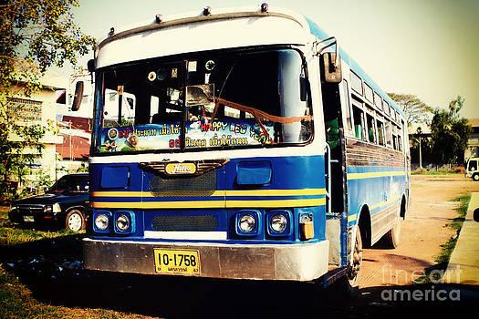 Bus Nostalgia by Thanh Tran