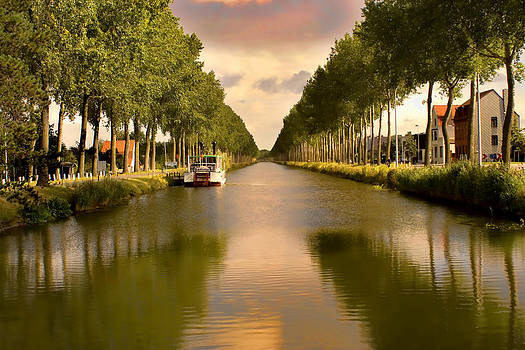 Canal to Damme by Christopher Brown