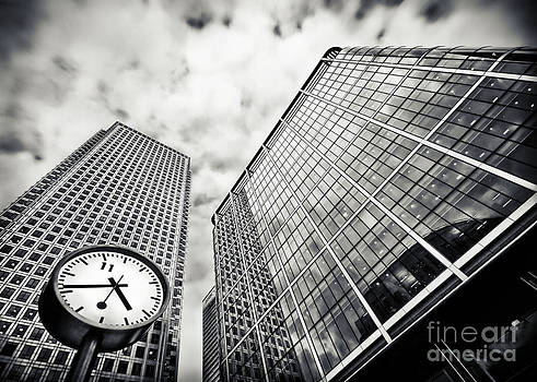 Canary Wharf London by Frank Waechter