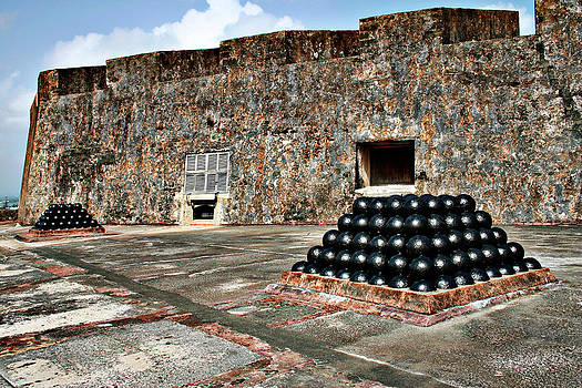 Gilbert Artiaga - Fort San Cristobal, Cannon embrasures,