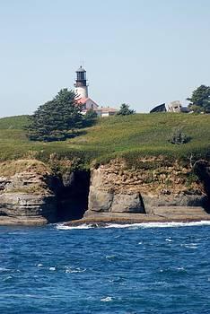 Cape Flattery Lighthouse by Wanda Jesfield