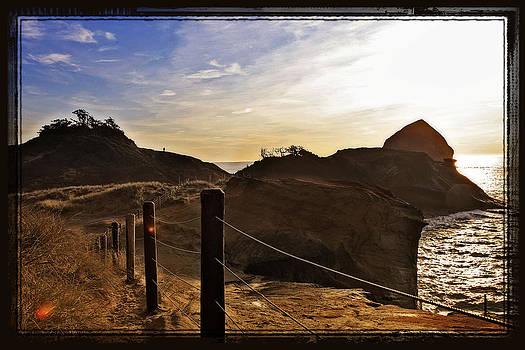 Cape Kiwanda Oregon by Tiana McVay