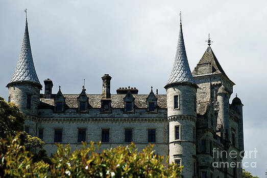 Pravine Chester - Castle in Sutherland
