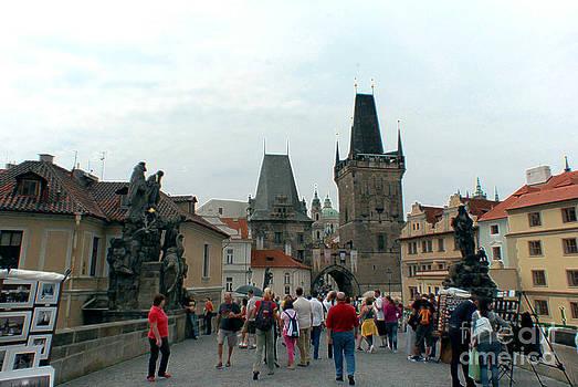 Pravine Chester - Charles Bridge in Prague