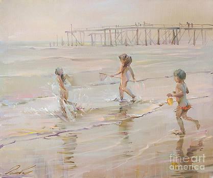 Children and ocean by Roman Romanov
