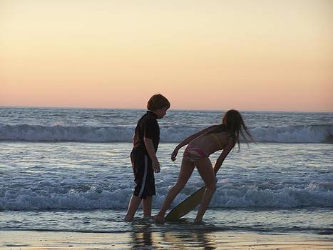 Children at play by Patty Descalzi