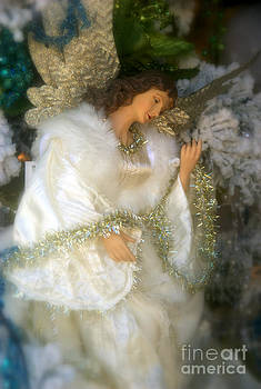 Susanne Van Hulst - Christmas Angel
