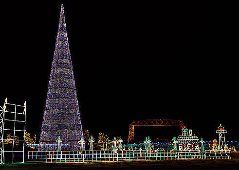Christmas in Duluth by David Wynia