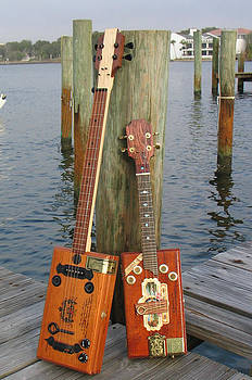 Cigar Box Guitar and Mandolin by Kent Dunning