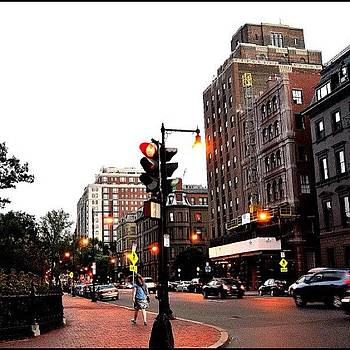 City Streets :) #boston #hustle #bustle by Caitlin Salvitti